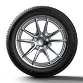 Pneu Aro 17 Michelin 215/45 R17 Primacy 4